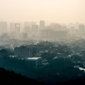 picture of smoggy city skyline